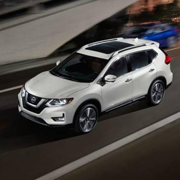 2017 Nissan Rogue white exterior model