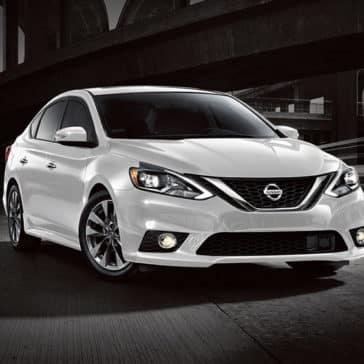 2018 Nissan Sentra white exterior