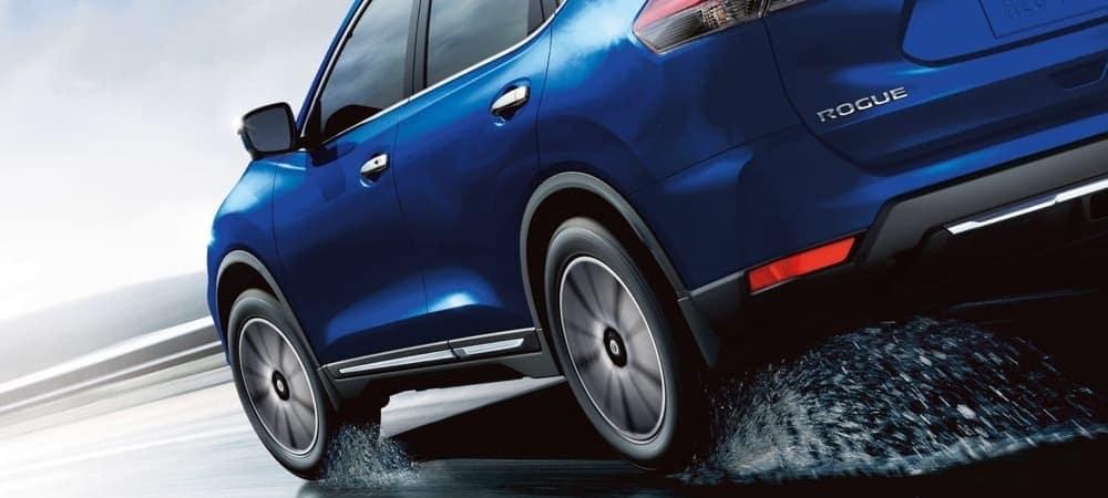 2018 Nissan Rogue blue exterior