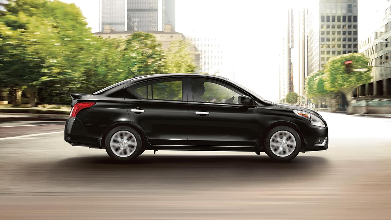 2018 Nissan Versa side view