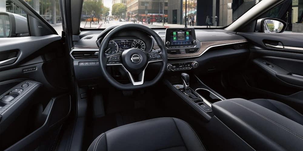 2019 Nissan Altima interior