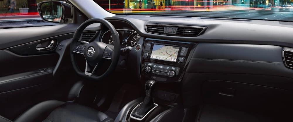2019 Nissan Rogue interior console
