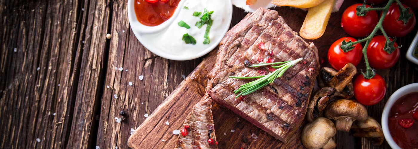 steak on plank
