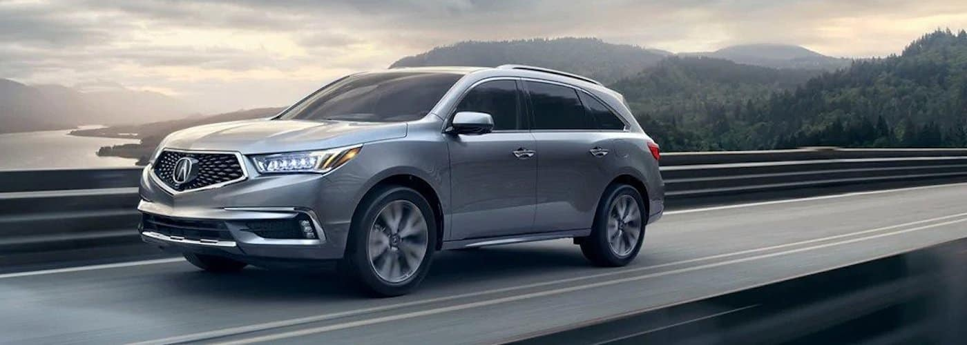 2019 acura mdx driving on highway