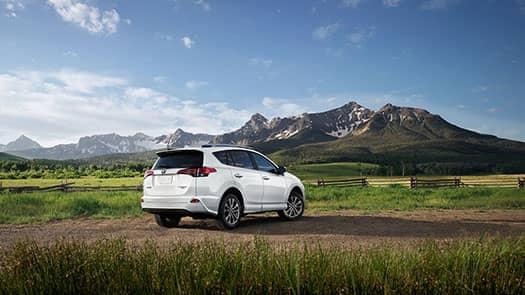 2017-Toyota-RAV4-Platinum-1
