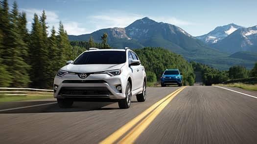 2017-Toyota-RAV4-XLE-1