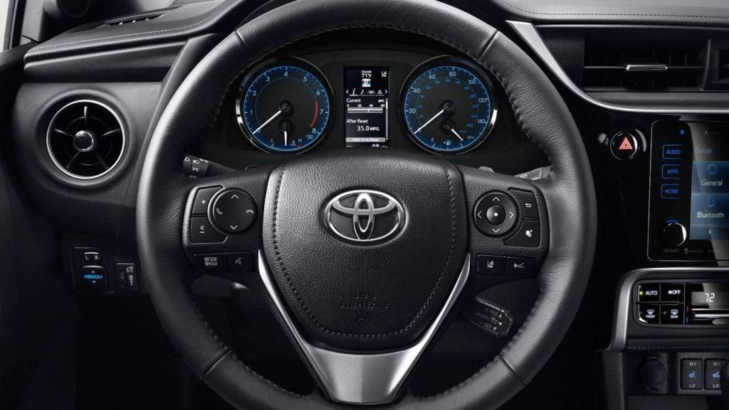 2017 Toyota Corolla interior shot of steering wheel