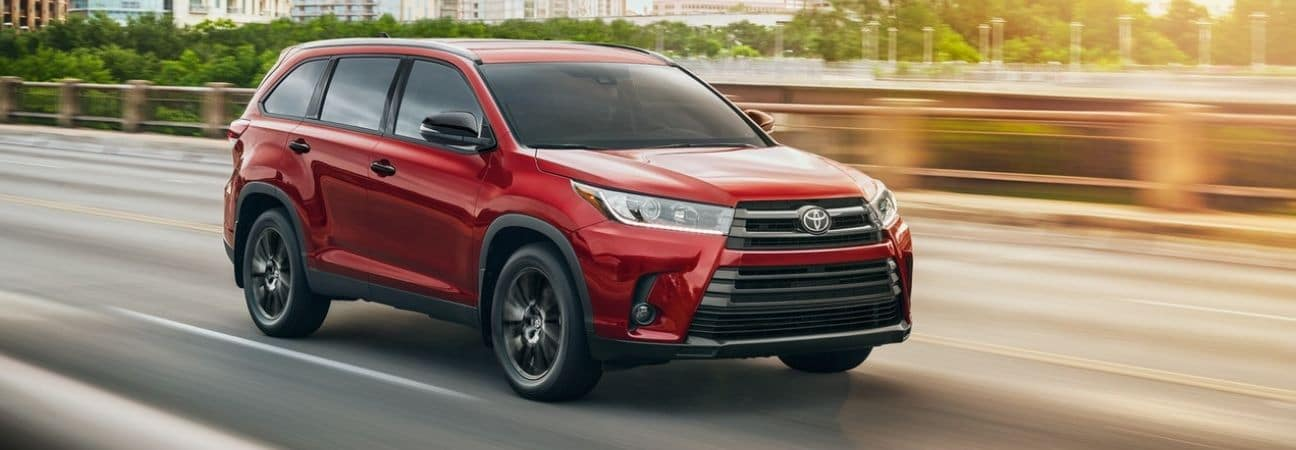 2019 Toyota Highlander red SUV
