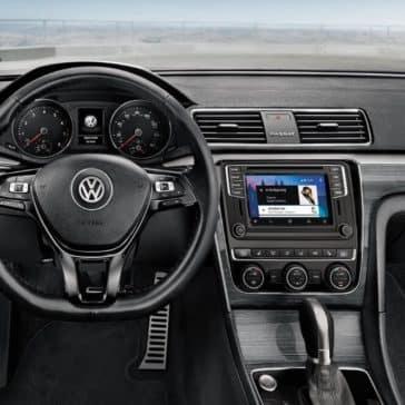 2018 Volkswagen Passat Dash