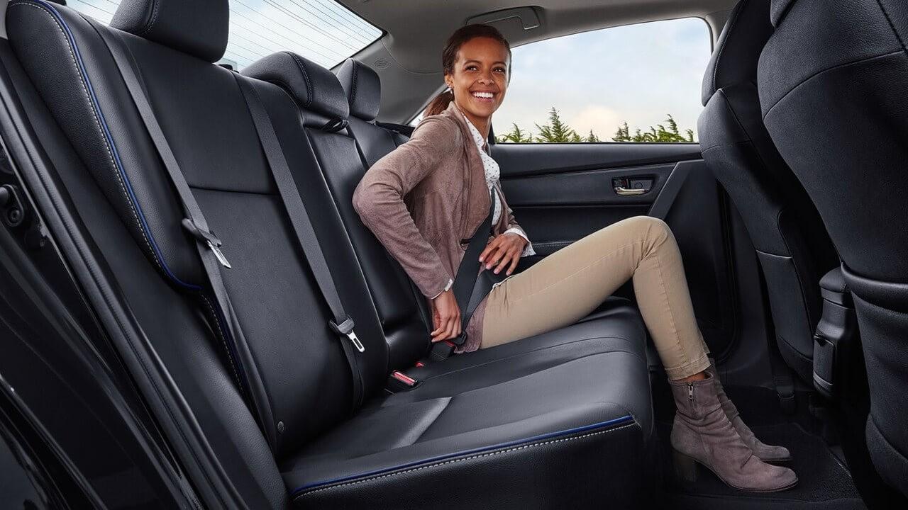 2018 Toyota Corolla rear passenger capacity