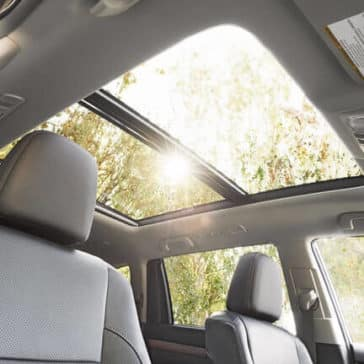 2018 Toyota Highlander panoramic roof