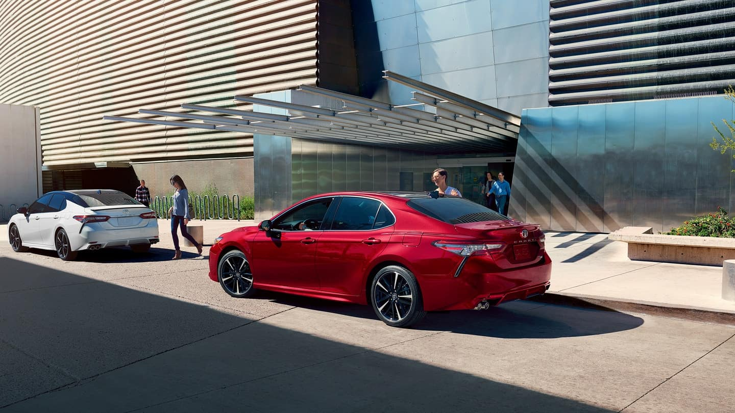 Meet the Reliable 2019 Toyota Camry at Toyota of Newnan