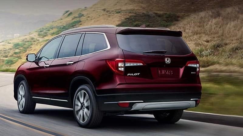 2019 Honda Pilot Driving along a hillside