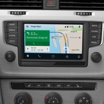 2017 Volkswagen Golf navigation