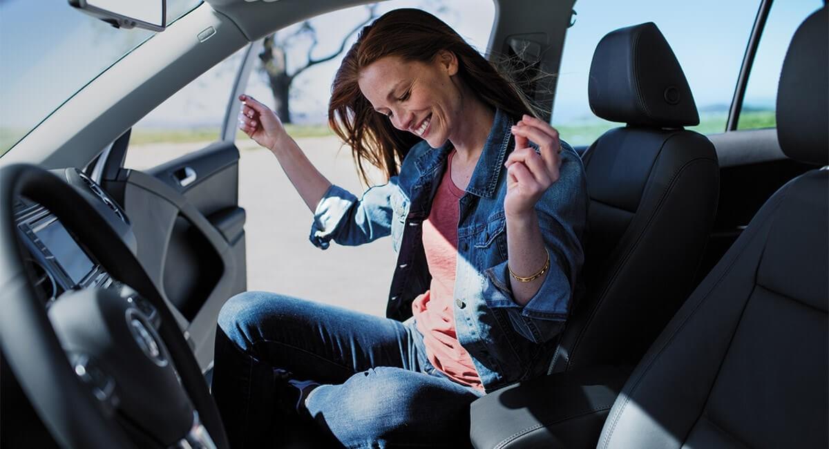 2017 Volkswagen Tiguan-Interior Passenger