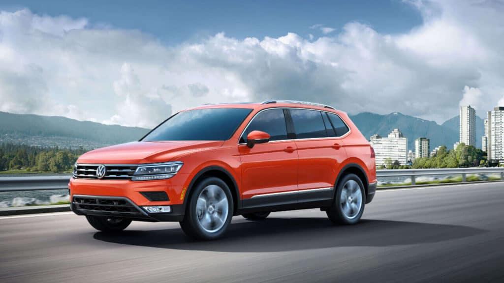 2018 Volkswagen Tiguan front view