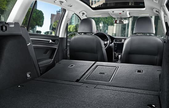 2018 Volkswagen Golf Sportwagen Interior