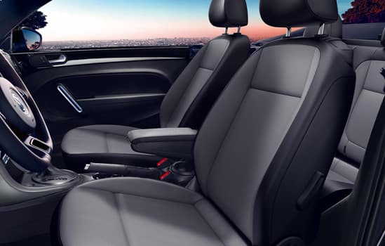 2018 Volkswagen Convertible Beetle Interior