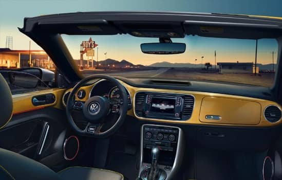 2018 Volkswagen Convertible Beetle Technology