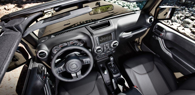 2017 Jeep Wrangler Cabin