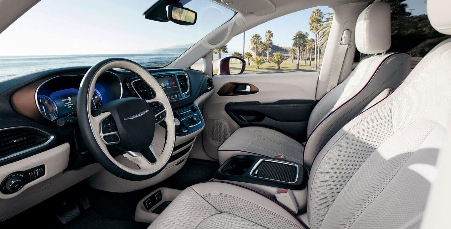 2018 Chrysler Pacifica Cabin
