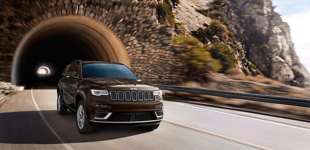 2017 Jeep Grand Cherokee Tunnel