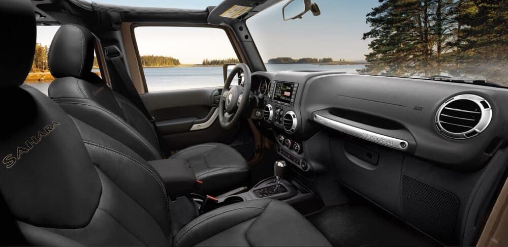 2018 Jeep Wrangler JK Cabin